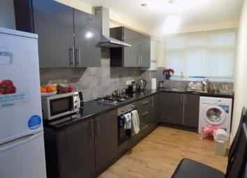 Thumbnail 2 bedroom flat to rent in Uxbridge Road, Hatch End