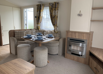 2 bed property for sale in Carr Road, Felixstowe IP11
