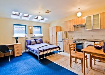 Thumbnail 1 bed property to rent in 221 Woodhouse Street, Flat 12A Leeds, West Yorkshire