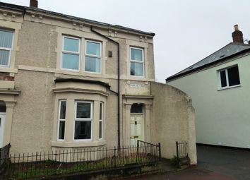 Thumbnail 6 bed terraced house to rent in Poplar Crescent, Gateshead