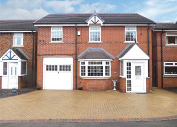 Thumbnail 5 bed detached house for sale in Spinnerette Close, Leigh