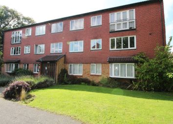 Thumbnail 2 bed property to rent in Hallington Close, Horsell, Woking