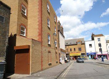 Thumbnail 1 bed flat to rent in Garrick House, Garrick Street, Gravesend, Kent