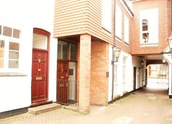 Thumbnail 1 bed flat to rent in The Broadway, High Street, Chesham