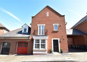 Thumbnail 3 bed detached house for sale in Calcroft Avenue, Greenhithe, Kent