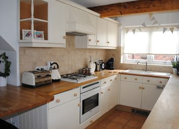 Thumbnail 3 bedroom detached house to rent in Woodford Road, Poynton, Stockport