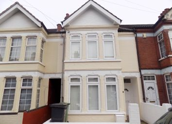 Thumbnail Room to rent in Chatsworth Road, Luton, Bedfordshire