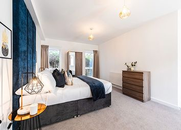 Thumbnail 2 bed flat for sale in Heathfield Square, London