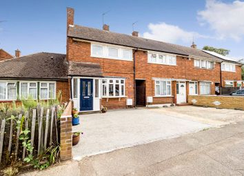 Usk Road, Aveley, South Ockendon RM15. 3 bed terraced house