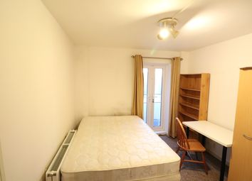 Thumbnail 3 bedroom flat to rent in Finchley Rd, Golders Green