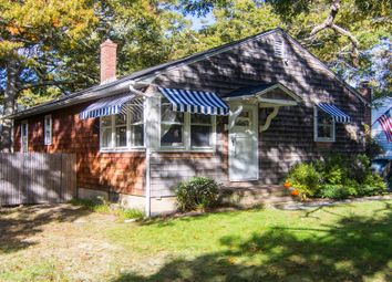 Thumbnail 3 bed country house for sale in 13 Fresh Pond Ln, Southampton, Ny 11968, Usa