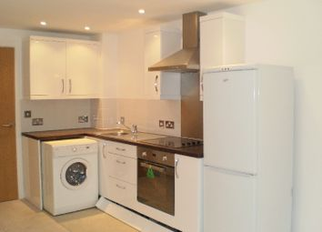 2 bed flat to rent in Shakespeare Street, Nottingham NG1