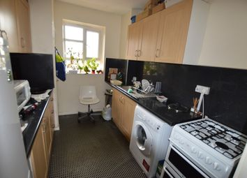 Thumbnail 3 bed flat to rent in Cranston Estate, London
