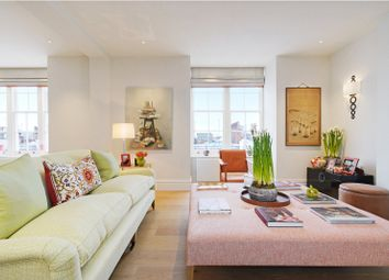 Thumbnail 3 bed flat for sale in Sloane Court West, Chelsea, London