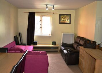 Thumbnail 1 bed flat to rent in Wenlock Gardens, London