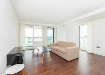 Thumbnail 3 bedroom flat to rent in Talisman Tower, 6 Lincoln Plaza, Canary Wharf