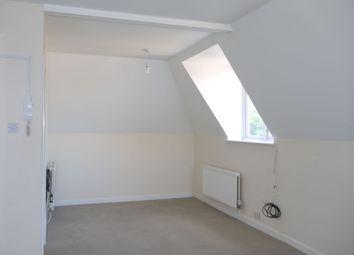 Thumbnail 1 bed flat to rent in Alton, Alton