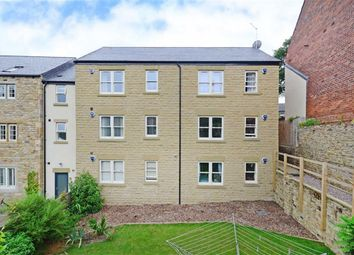 Thumbnail 2 bed flat to rent in Oak Hill Close, Sheffield