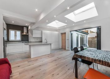 Thumbnail 2 bed flat to rent in North Road, Kew, Surrey