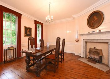 Thumbnail 6 bed property for sale in Clapham Common North Side, London