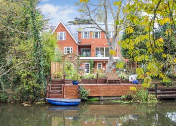 Thumbnail 4 bed town house for sale in Matham Road, East Molesey