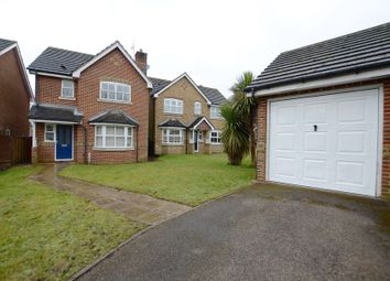 Thumbnail 3 bed detached house to rent in Laurel Gardens, Aldershot