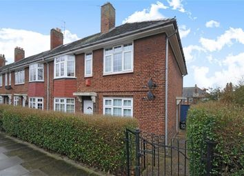Thumbnail 2 bed flat to rent in Godley Road, London