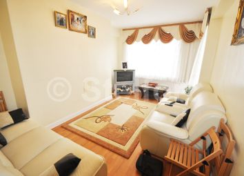 Thumbnail 3 bed flat to rent in Murray Grove, Old Street, Liverpool Street, Shoreditch, London