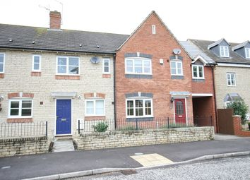 2 bed property to rent in Mallards Way, Bicester OX26