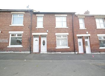 3 bed flat to rent in Barrasford Street, Wallsend NE28