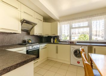 Thumbnail 3 bed flat to rent in Tenby Road, Walthamstow