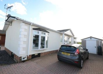 Thumbnail 2 bed mobile/park home for sale in Hayes Country Park, Battlesbridge, Wickford