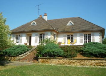 Thumbnail 4 bed country house for sale in Clamecy, Clamecy (Commune), Clamecy, Nièvre, Burgundy, France
