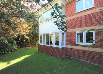 Thumbnail 2 bed flat for sale in Fairfield Road, Borough Green, Sevenoaks