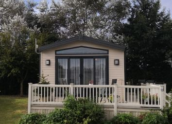 2 bed mobile/park home for sale in Preston Road, Manston CT12