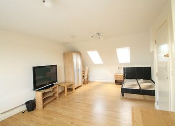 Station Road, Swanley BR8. Studio to rent