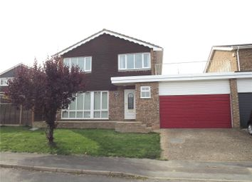 Thumbnail 4 bed detached house to rent in Meadow View, Marlow, Buckinghamshire
