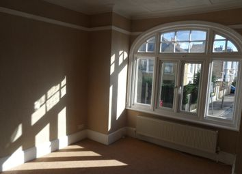 Thumbnail 3 bed flat to rent in Replingham Road, Southfeild London
