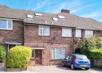 4 bed terraced house for sale in Woodfarrs, London SE5