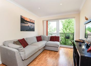 Thumbnail 2 bedroom flat to rent in Princes Way, London