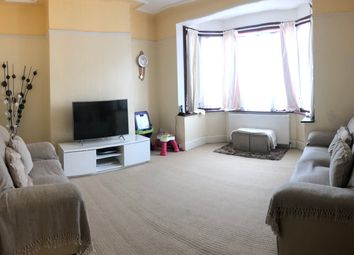 3 bed semi-detached house to rent in Kilmartin Road, Goodmayse Ilford IG3