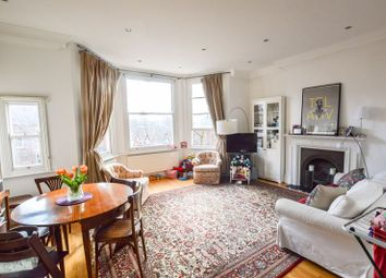 2 bed flat to rent in Greencroft Gardens, London NW6