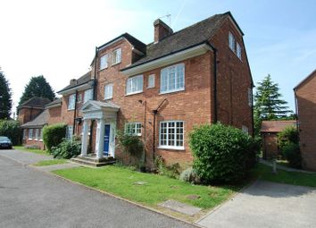 Thumbnail 2 bed flat for sale in Yarnton Court, Kidlington