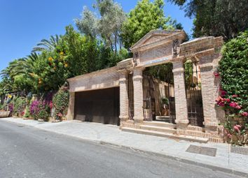 Thumbnail 5 bed villa for sale in Altos De Puente Romano, Marbella Golden Mile, Malaga, Spain