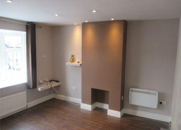 2 bed flat to rent in Blackfen Road, Sidcup DA15