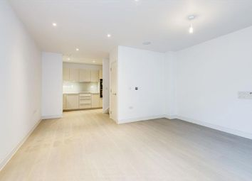 Thumbnail 2 bed flat to rent in Heath Drive, Hampstead