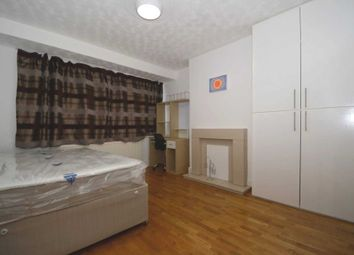 Thumbnail Room to rent in Woodgrange Rd, Gt Cambrige Rd, Enfield
