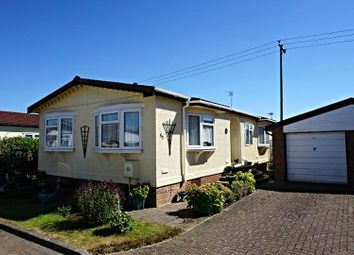 Thumbnail 2 bed property for sale in Clifton Park, Shefford