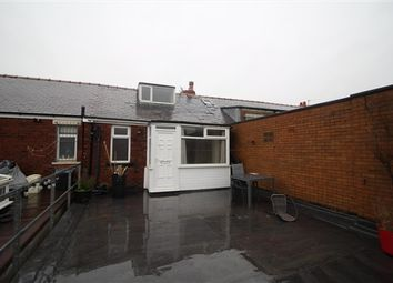 2 bed flat for sale in Westcliffe Drive, Blackpool FY3