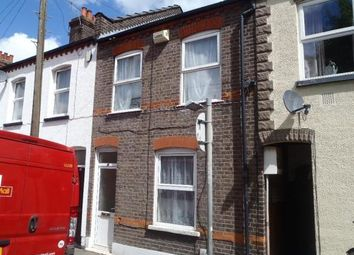 3 bed property to rent in Arthur Street, Luton LU1